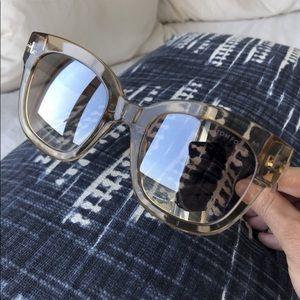 Like New Tom Ford Beatrix Sunglasses